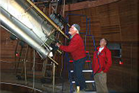 klaus_Observing with the Clark (image R. Edmunds)_200x135a.jpg